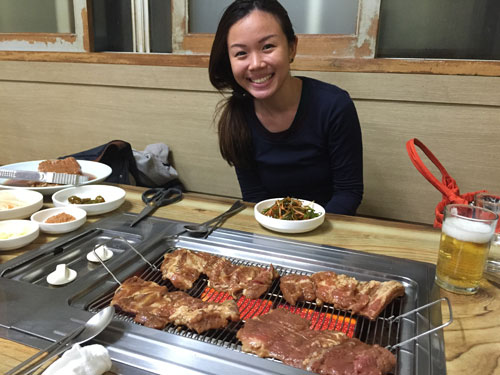 jeju-attractions-black-pork-bbq