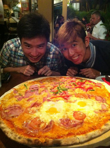 singapore-roadtrip-hidden-gem-ulu-restaurants-pepperoni-pizza