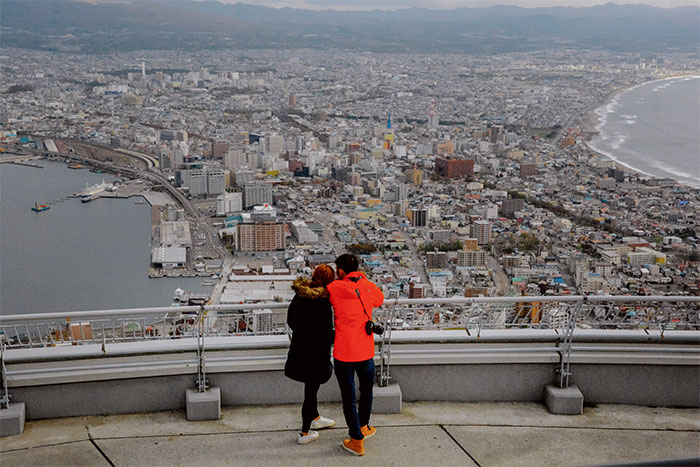 things-to-do-in-hakodate-hokkaido-attractions-Mount-Hakodate-View-Michelin-Star